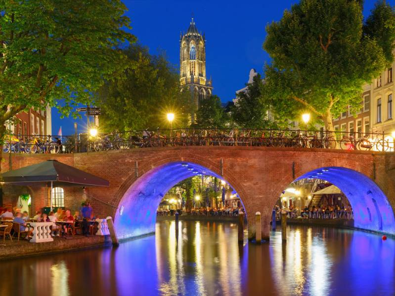 Two weeks : Discover some of Holland's biggest cities - à partir de  euros
