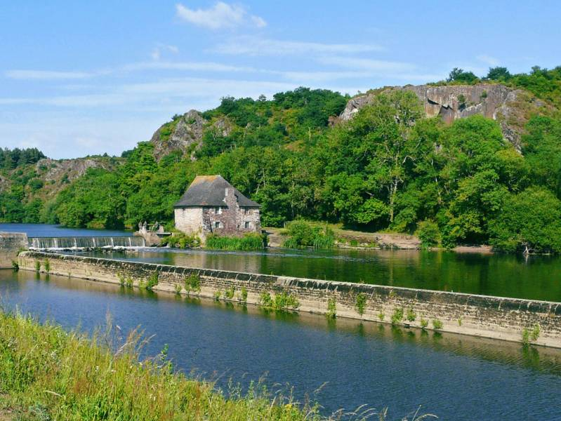 One week : Hidden treasures along the River Vilaine - from 959 euros