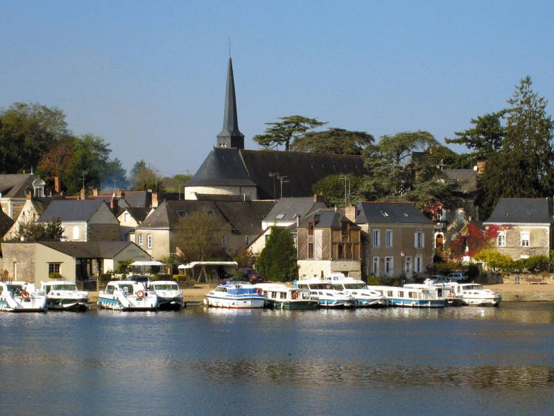 Weekend 2 days : Cruise on the peaceful Oudon river - from 480 euros