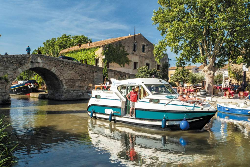 Escape to Minervois country - on a self-drive boating holiday