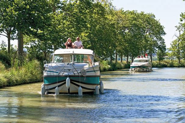 Canal boat hire - Canal du Midi