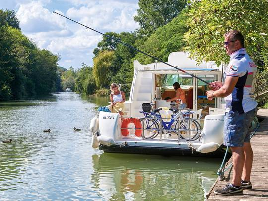 Boat and fishing in Aquitaine